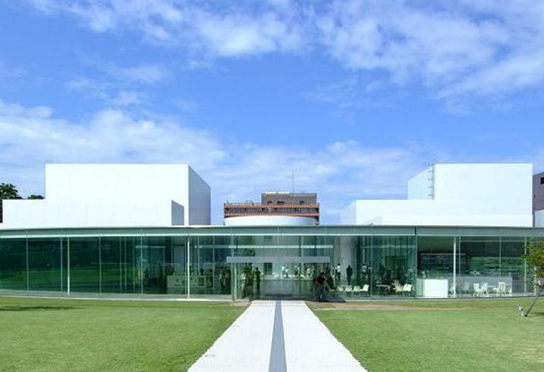 21st Century Museum of Contemporary Art; Japanese Modern Art; All Japan Tours