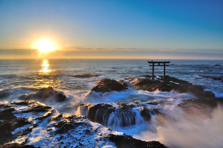 Oarai Isosaki Shrine; Ibaraki Prefecture; New Year Sunrise; Best Time to Go to Japan; All Japan Tours; Japan Travel Blog