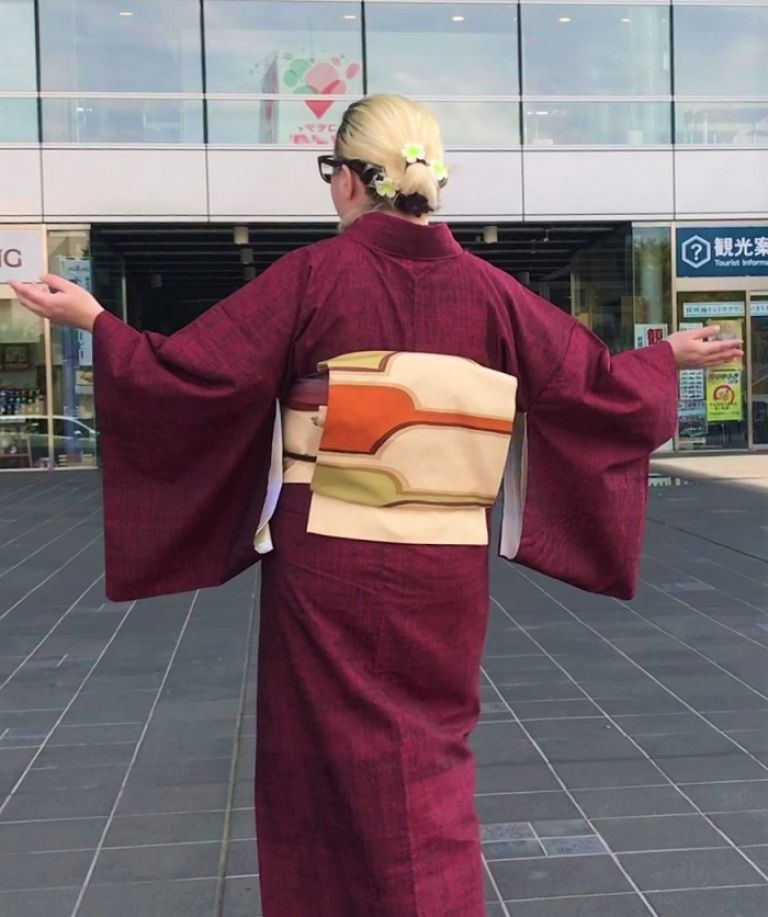 yuki tsumigi silk kimono tsumugi weaving luxury kimono experience kimono rental