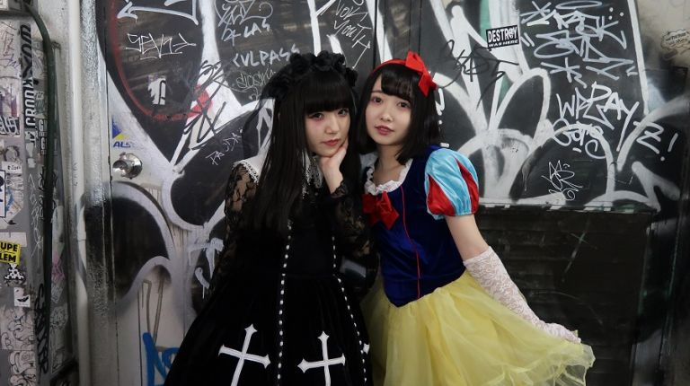 Halloween Halloween in Japan Halloween in Shibuya Shibuya Halloween Shibuya Crossing Shibuya Station Japanese Girls Japanese Girls in Halloween Costumes Gothic Japanese Girl Goth Japanese Girl Japanese girl in Snow White Costume Japanese Halloween Costumes