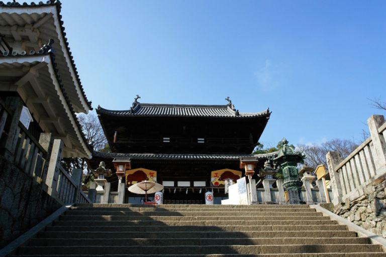 Kotohira-gu Shrine Shinto Shrine in Japan with 1,000 steps