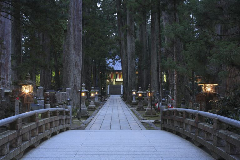 Okunoin Temple Mt Koya Koyasan All Japan Tours