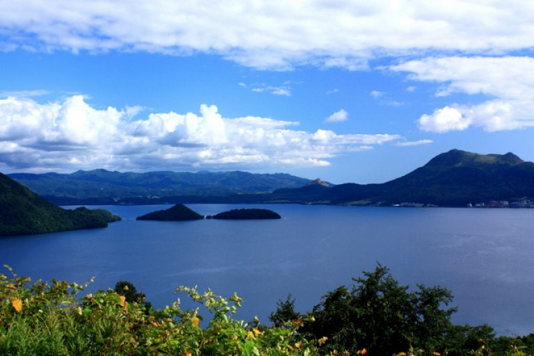 Lake Toya; What to Do in Hokkaido in Summer; All Japan Tours