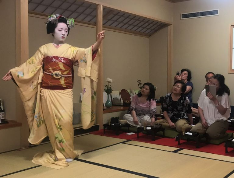 While In Kyoto Dont Miss The Chance To See One Of Japans Oldest And Most Famous Cultural Heritages Geisha Dancing You Have Spend